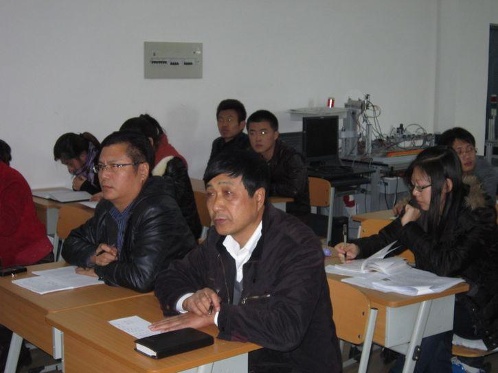 2012年电子系学生会、团组织干部竞选圆满结束