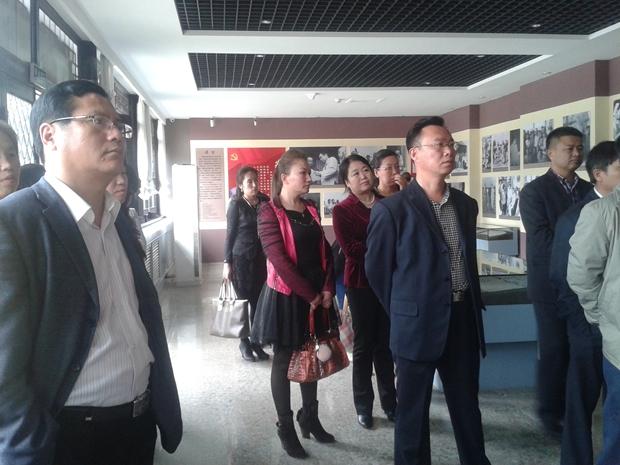 学院组织部分教职工参观周恩来少年读书旧址纪念馆