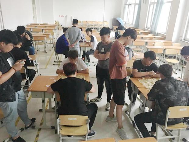 机械工程系举行欢乐象棋大赛