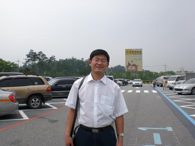 基础部优秀教师代表——袁耀辉